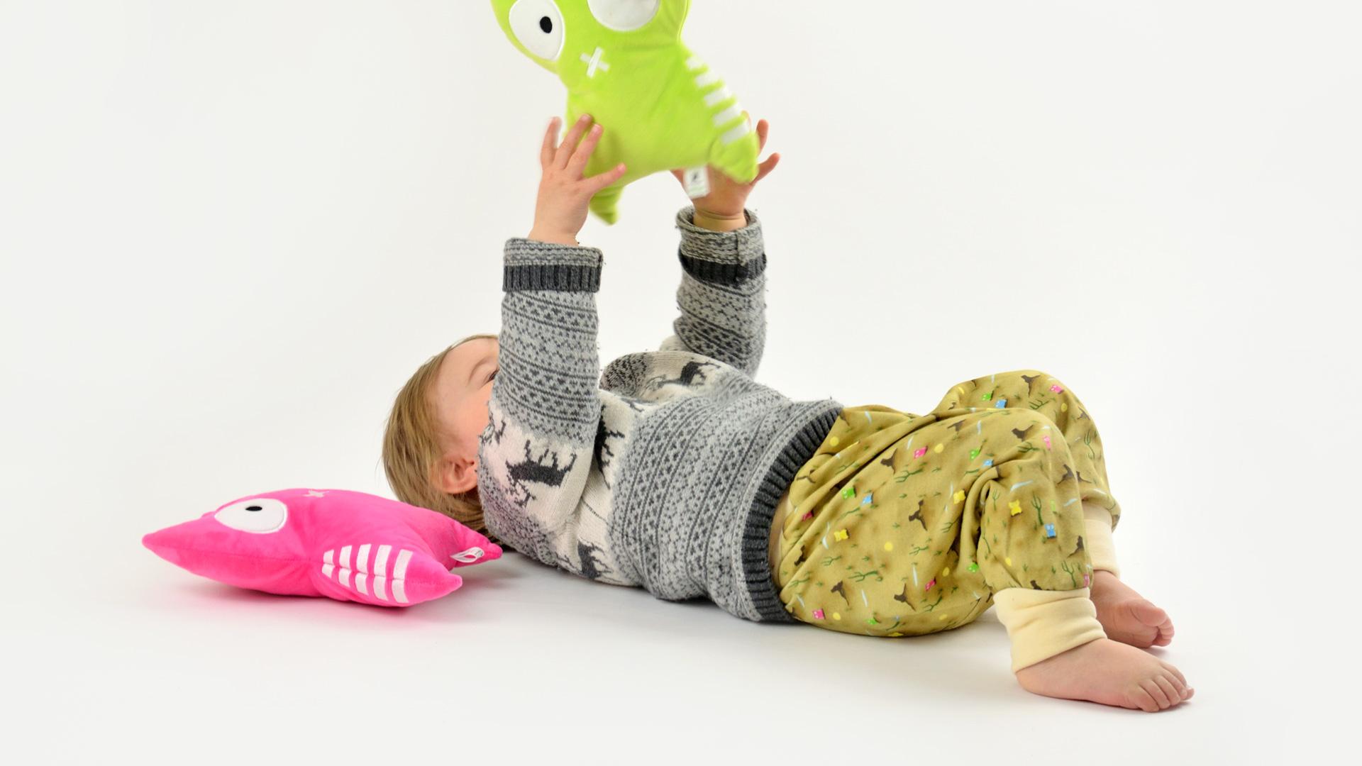 Spielzeug Pumphose Kuschelkissen Kinderzimmer Vincend